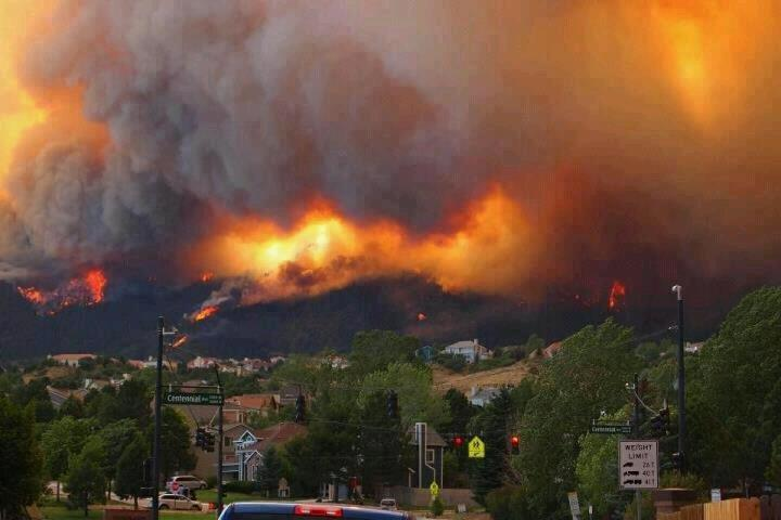 wildfires burn out of control outside denver colorado
